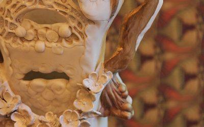 De lámpara a jarrón: Recuperando una figura modernista
